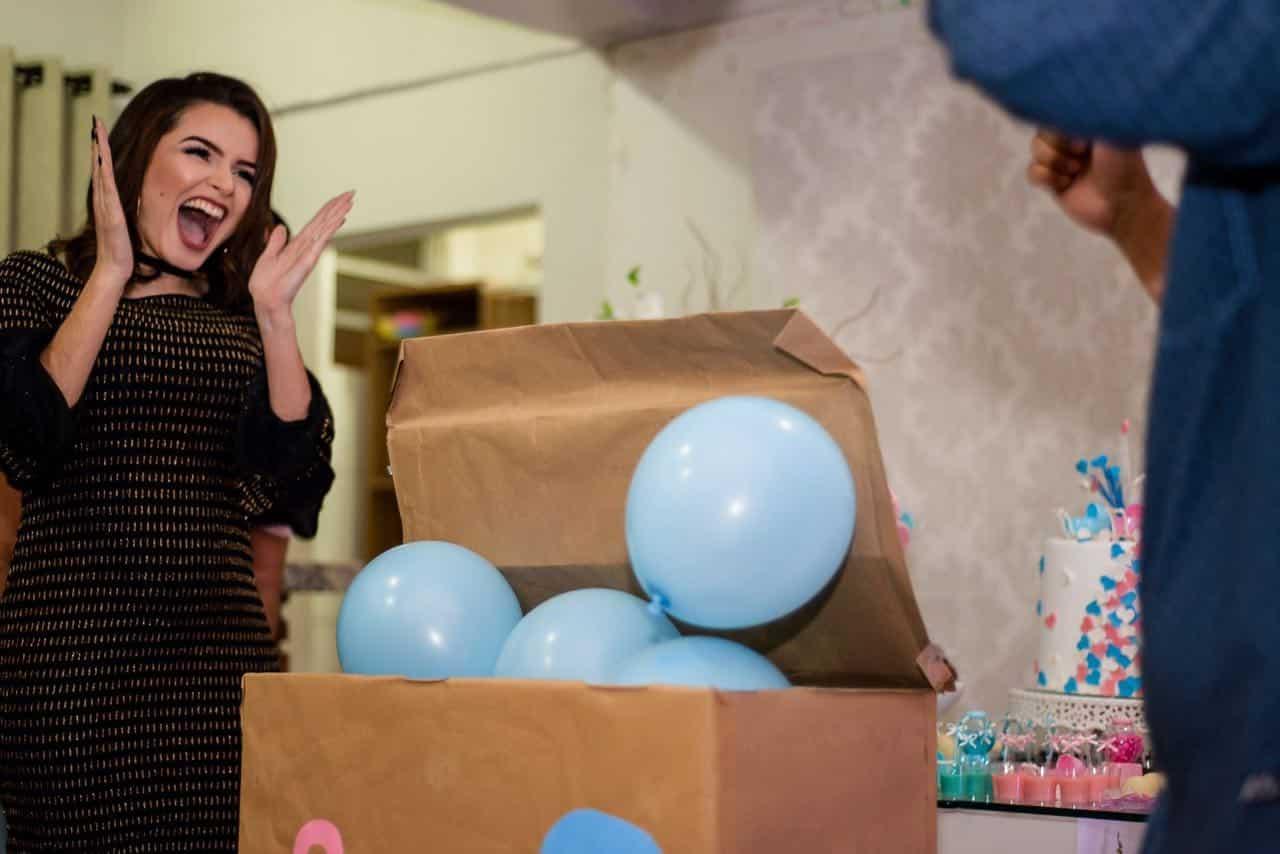 O Mais Engraçado De Ser Mãe é Perceber Que Ao Se Tornar: Nicole Eberharte: Inspiração Para Jovens Mães