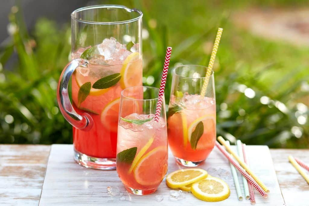 Cardápio para chá de bebê: pink lemonade