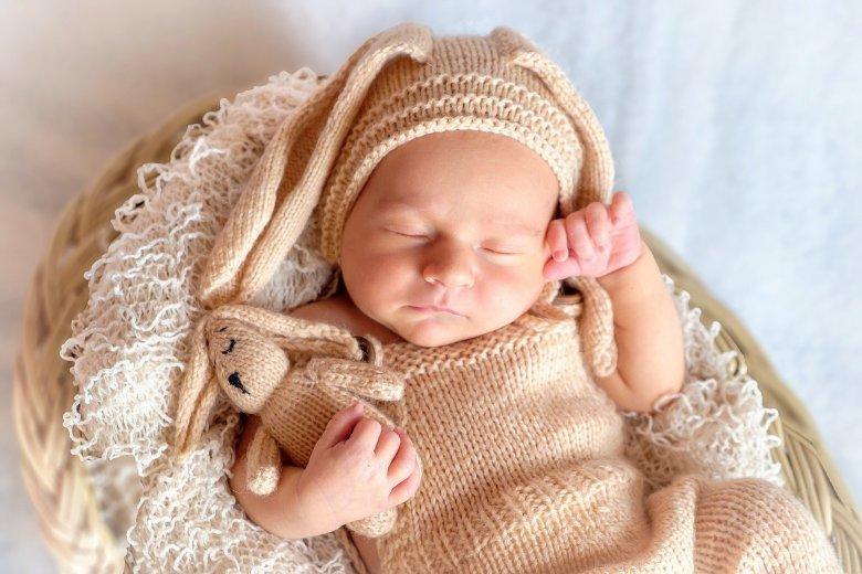 Como fazer recém nascido dormir